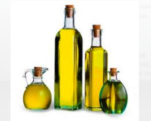bottiglie di olio di diverse forme